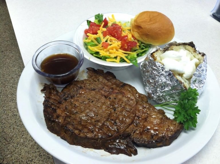 daily specials steak at smokin ks bbq in millstadt